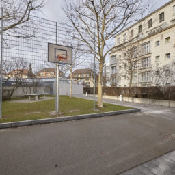 Kundgebung für den Erhalt bezahlbarer Wohnungen im Brunaupark