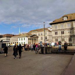 Kundgebung zieht lokale Politiker an
